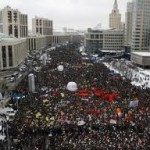 Anti-Putin Protesters March Through Moscow