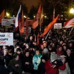 Tens of Thousands of Protesters Pressure Putin