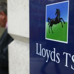 Lloyds to Seize Back Bonuses From 10 Senior Bankers