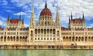 parliament-budapest-small-300