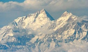 himalaya-mountain-range-small-300